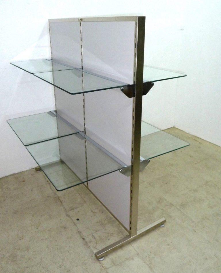 Gondelregal mit Glasböden